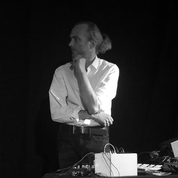 Trezor - Michael Speer: 18 Hours at Aumannplatz
