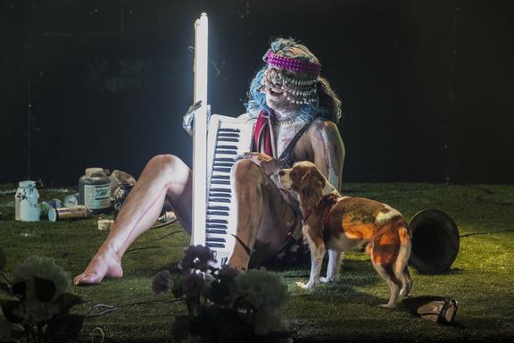 ImPulsTanz 2018: Ivo Dimchev - A Selfie Concert