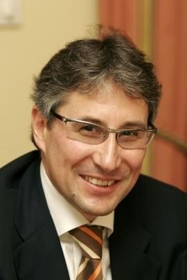Dr. Andreas Walter: Alkohol und Rausch - ein gesellschaftsrelevantes Thema. Die positiven und negativen Auswirkungen des Alkoholkonsums aus der Sicht des ... - 1278950231