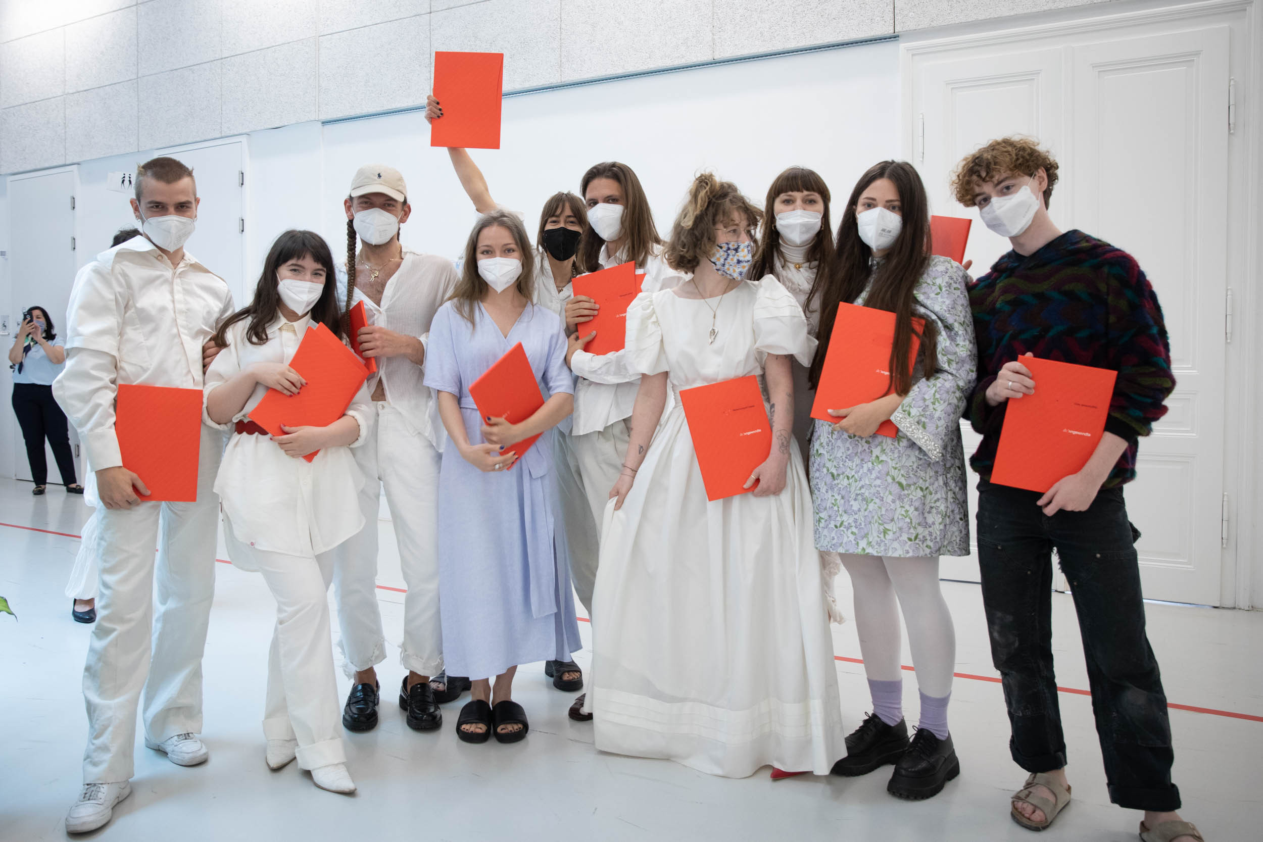 eSeL Foto: Modeklasse @ Die Angewandte Sponsion & Promotion (Univ. für Angewandte Kunst, 2.7.2021)