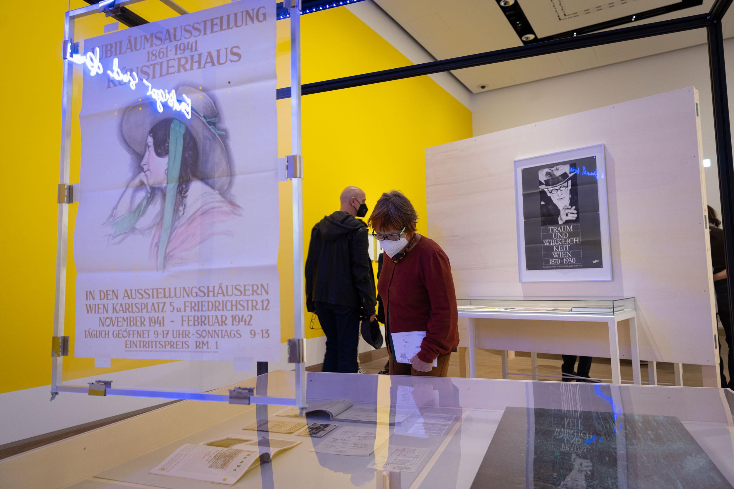 eSeL Foto: Eröffnung Dispossession (Künstlerhaus, 23.9.2021 - 16.1.2022)