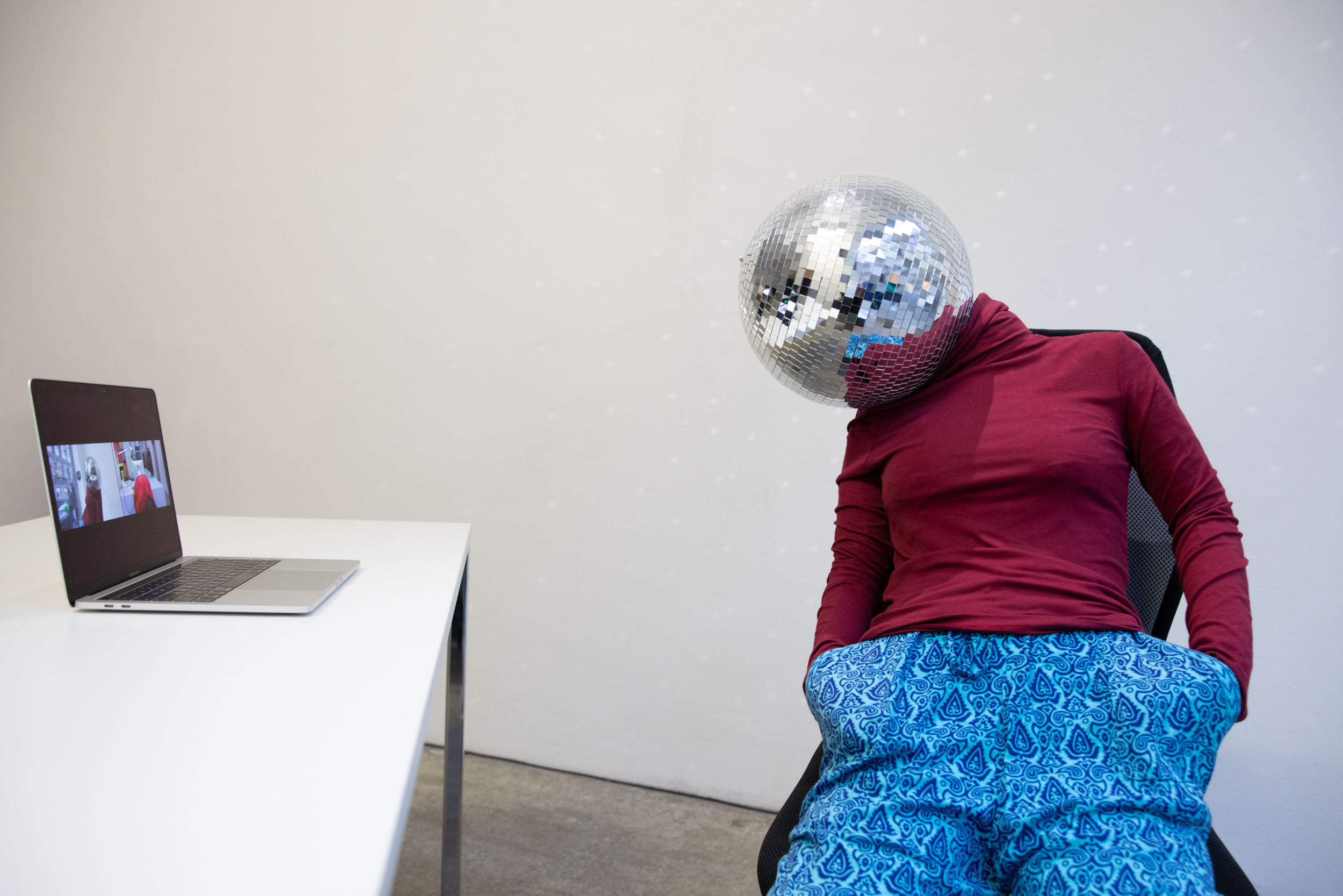 eSeL Foto: Anna Vasof & Christian Bazant-Hegemark (Untitled Projects, 12.2.-24.4.2021)