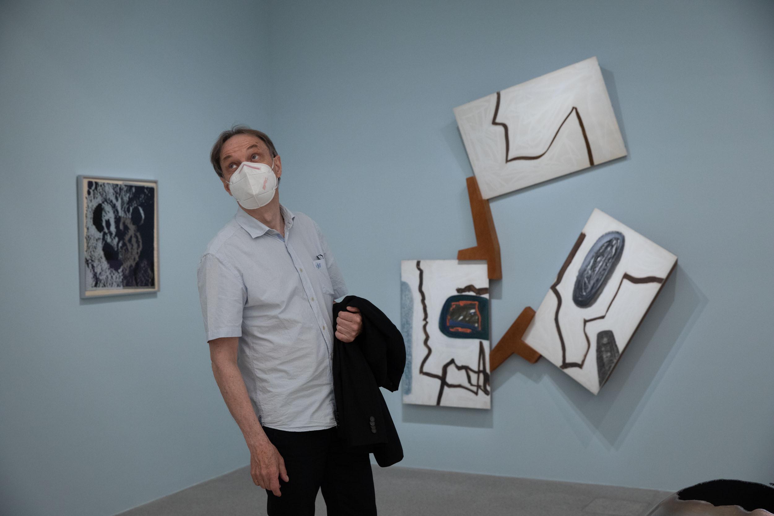 eSeL Foto: Enjoy! Die mumok Sammlung im Wandel. Kurator Rainer Fuchs @ Abstraktion. Natur. Körper (19.6. - 18.4.2022)