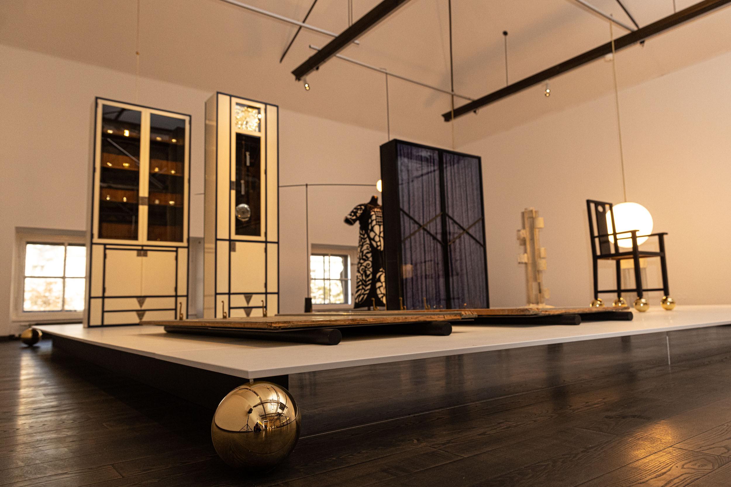 eSeL Foto: Showroom Wiener Werkstätte. Ein Dialog mit Michael Anastassiades (MAK, 6.10.2021 - 2.10.2022)