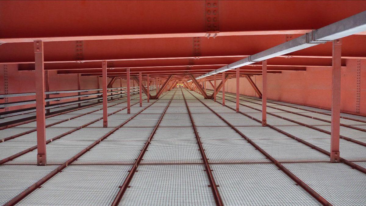 Innenraum der Brigittenauer Brücke © Katrin Hornek