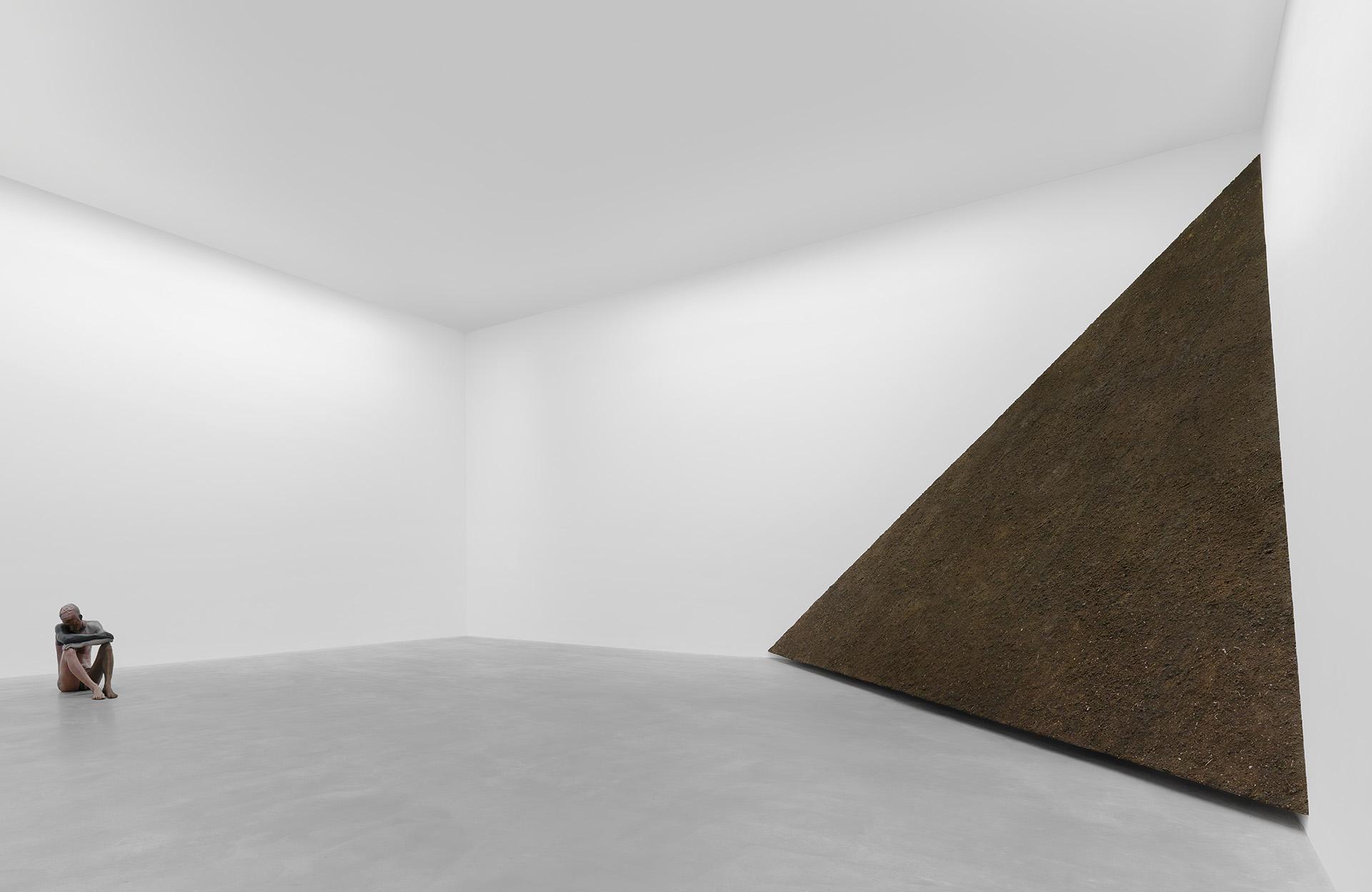 "Ugo Rondinone, Installation ""thank you silence"", M – Museum Leuven, 2013"