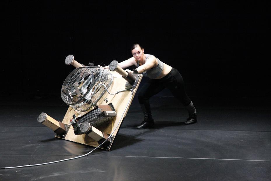 Doris Uhlich in Universal Dancer, © Teresa Rauter